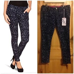 "IRON FIST ""Starry Night"" Skinny Jeans NWT Sz. 34"